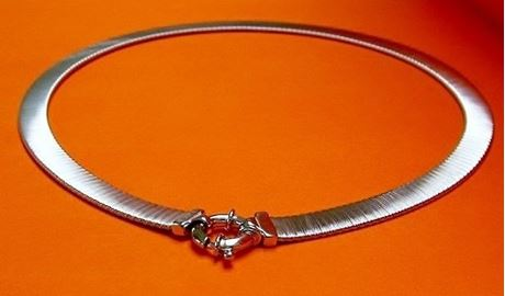 "Picture of ""Fancy Silk"" sleek Italian necklace with flexible flat omega links entirely in sterling silver"