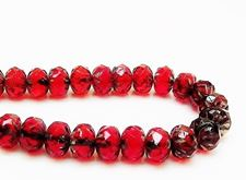Image de 7x10 mm, perles rondelles sculptées, tchèques, rouge rubis profond, transparent, picasso