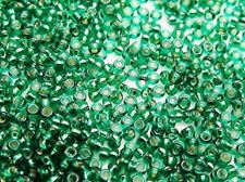 Picture of Japanese seed beads, Miyuki, size 15/0, emerald green, silver-lined