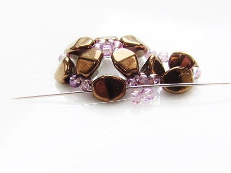 Stylized flower, beaded bead - round 2, pass thru Pinch bead